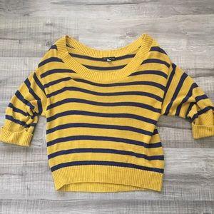 Willi Smith Cropped striped sweater. Medium